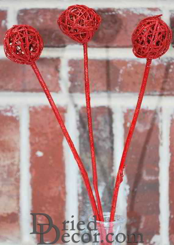 Dried Vine Latta Balls Stemmed - Gold, Red or White - Click Image to Close