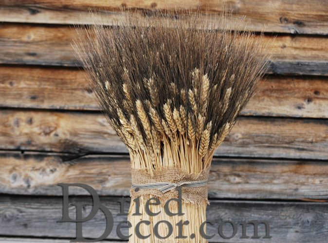 Blackbeard Vertical Wheat Cone Centerpiece - Click Image to Close