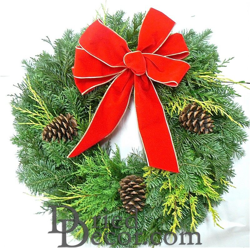 Fresh Traditional Holiday Wreath - Click Image to Close